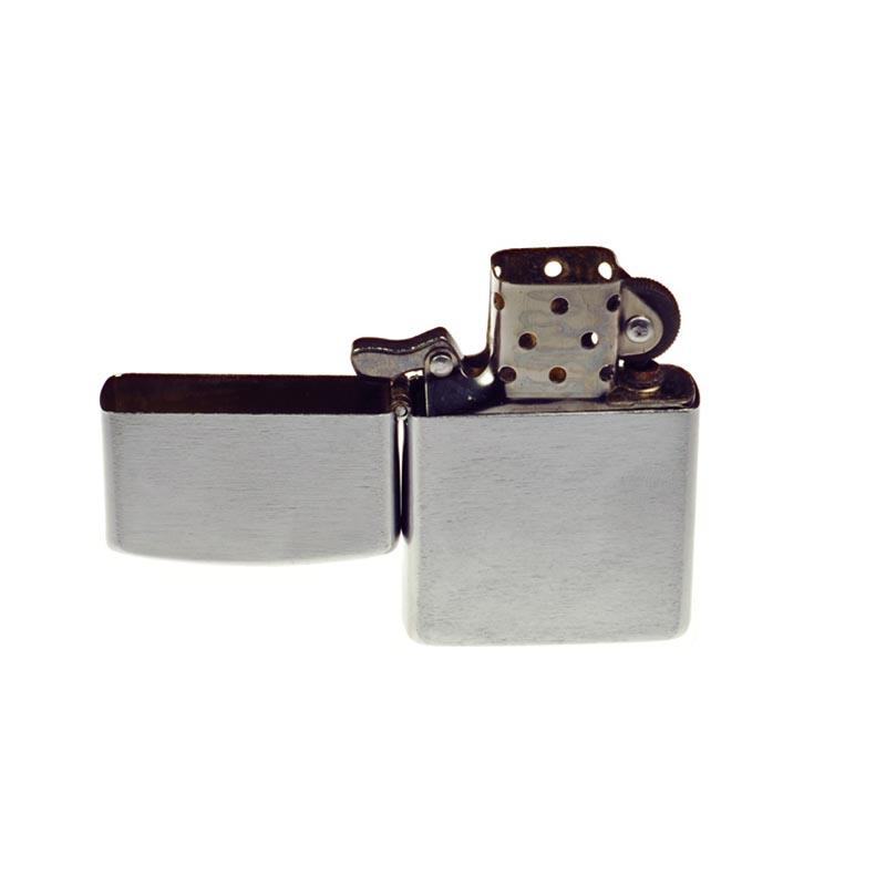 Excellency-Brushed-Silver-Petrol-Lighter-2.jpg
